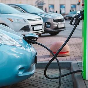 Главные недостатки электромобилей, так ли все пугающе?