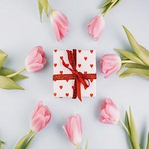 8 марта на пороге. Как выбрать подарок, который понравится?