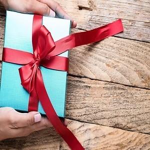 Пять лучших недорогих подарков для мужчины!